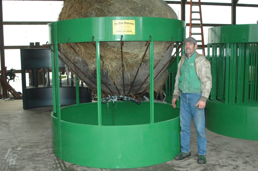 the hay manager hay bale feeder